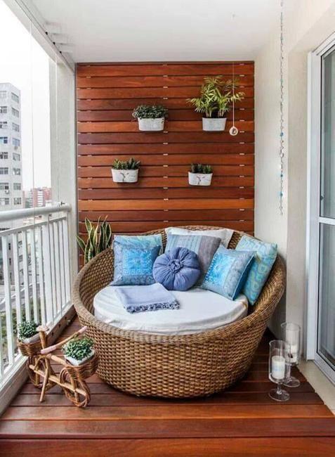 balcony walls for a vertical garden