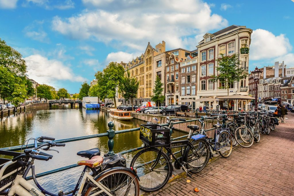 Solo holiday: Amsterdam city bicycles - Netherlands